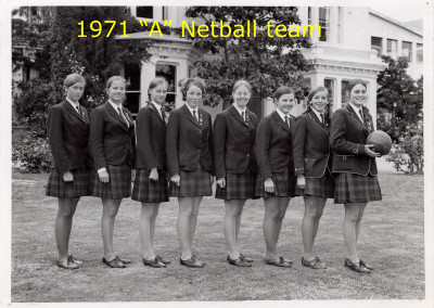 1971 A Netball Team