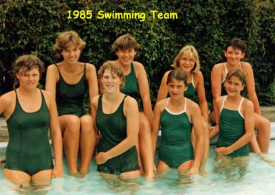 1985 Swimming team